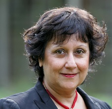 Writer and broadcaster Yasmin Alibhai-Brown.. REXMAILPIX.